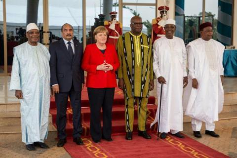انطلاق القمة الطارئة لمجموعة دول الخمس في الساحل بمشاركة رئيس الجمهورية